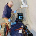 plombier recherche la fuite par camera vidéo