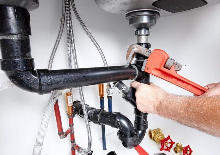 5 choses que vous voulez chez un plombier
